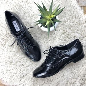 •STEVE MADDEN•NWOT Black Patent Tipiee Oxford Shoe